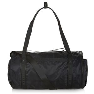 Lululemon Run Ways Duffle Bag